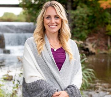 Brooke Lynons